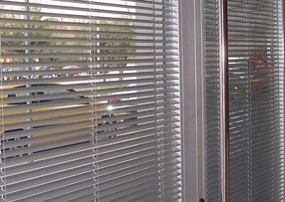 foto-cortina-veneciana-aluminio-1